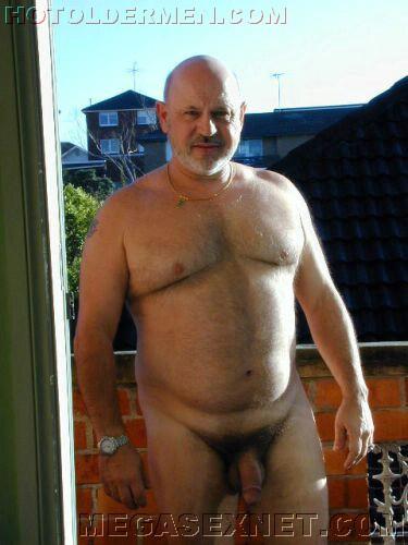 Hombre sexy gordo