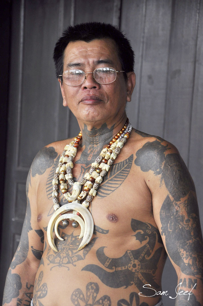 TATTO STYLES MODERAT: Dayak Tribal Tattoos People Images