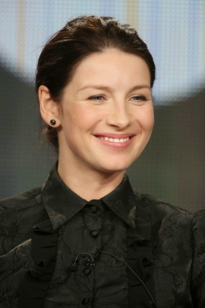 It's only natural for Caitriona Balfe in a simply argument, cause her hard schedule after the memorable award.  So of course, the 35-year-old was managed to combine her comfort and style durin a panel discussion at Lanham Hotel in Pasadena, CA, USA on Friday, January 9, 2015.