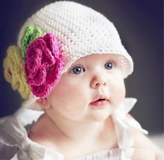 Foto Gambar Bayi Perempuan Lucu Banget