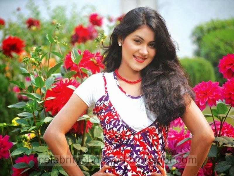 Bangladeshi All Time Popular Model And Actress Shaina Amin