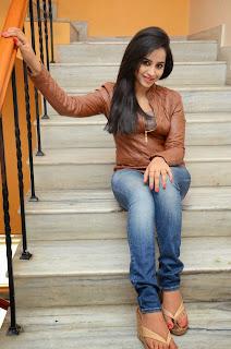 Actress Swathi Deekshith Latest Picture in Jeans at Ladies and Gentleman Movie Press Meet  24.JPG