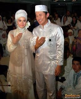 kebaya pengantin muslimah
