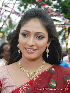 HariPriya stills From Yuvakudu Movie