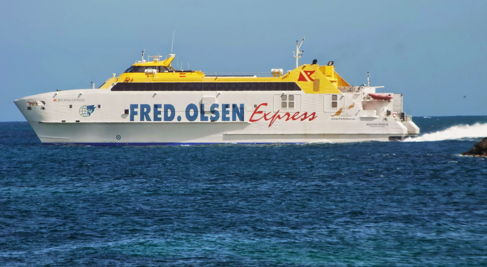 Islas canarias bocayna express buque que cubre el trayecto de fuerteventura a lanzarote - Transporte entre islas canarias ...
