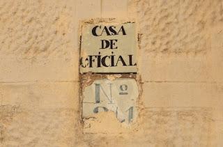 http://www.lavanguardia.com/local/barcelona/20150924/54435439726/barcelona-secreta-militar-casa.html