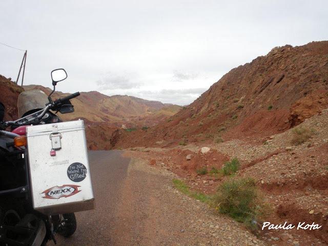 Na Terra do Sol Poente - Viagem a solo por Marrocos - Página 2 IMGP0369