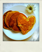 heart shaped pancake coeur