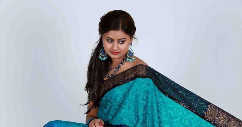 Malayalam Actress Ansiba Hassan Latest Stills Navel Show ...
