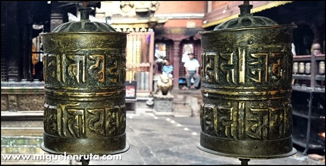 Golden-Temple-Patan-Nepal_10