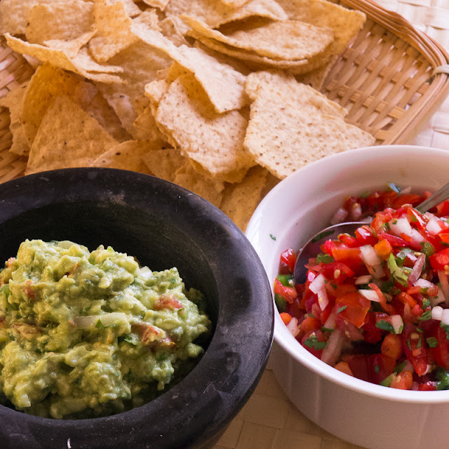 guacamole pico de gallo tortilla chips mexican appetizer snack healthy cilantro lime avocado grape tomato corn tortilla chips party