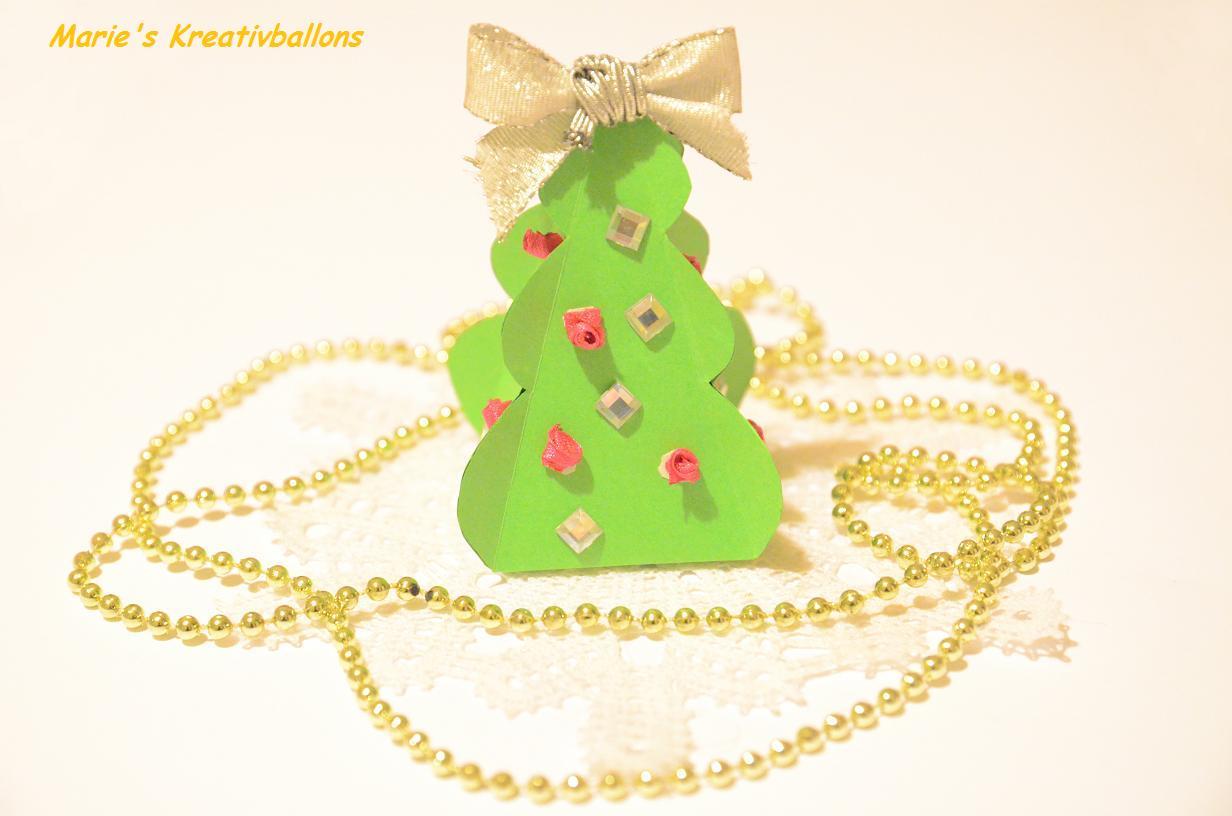 Basteln für Weihnachten: Weihnachtsbaum basteln