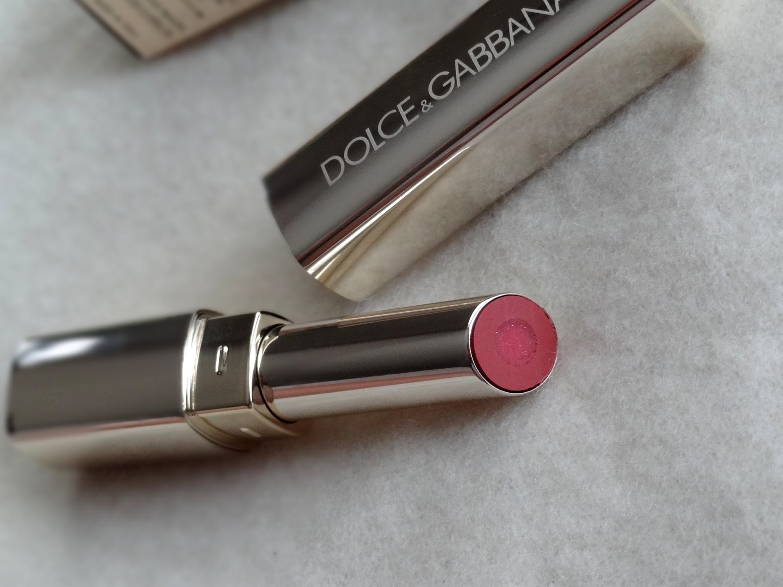 dolce & gabbana passion fusion gloss duo lipstick in 230 iridescent review, photos & swatches