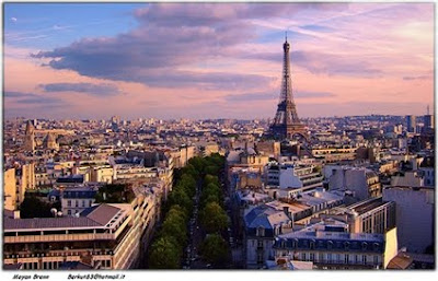 sunset in Paris by Moyan Brenn