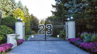Michael Jordan to auction off Highland Park mansion