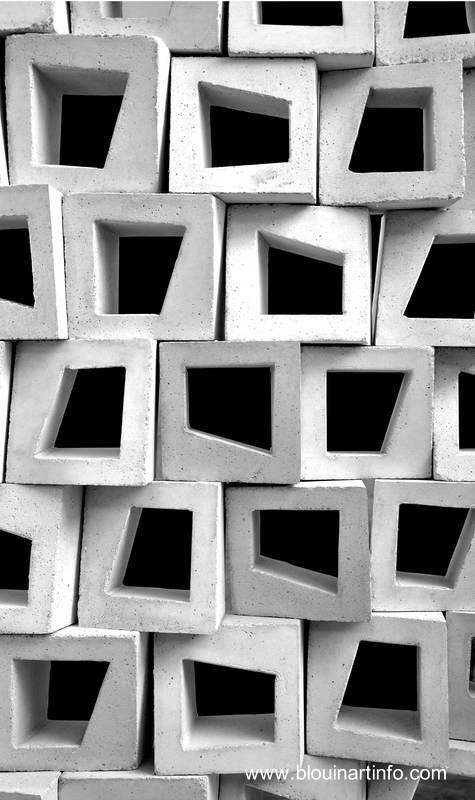 Pila de bloques perforados
