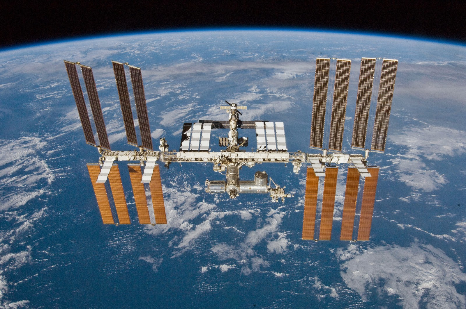 International Space Station (ISS) switches to Linux