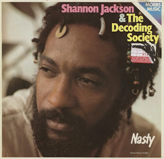 Shannon Jackson, Decoding Society, Nasty