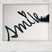 Sonreír; solo a tu lado.