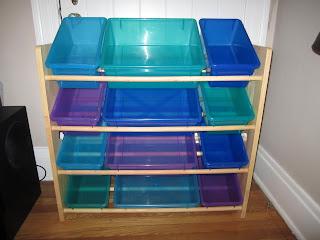 Igriza painting plastics for Painting plastic bins