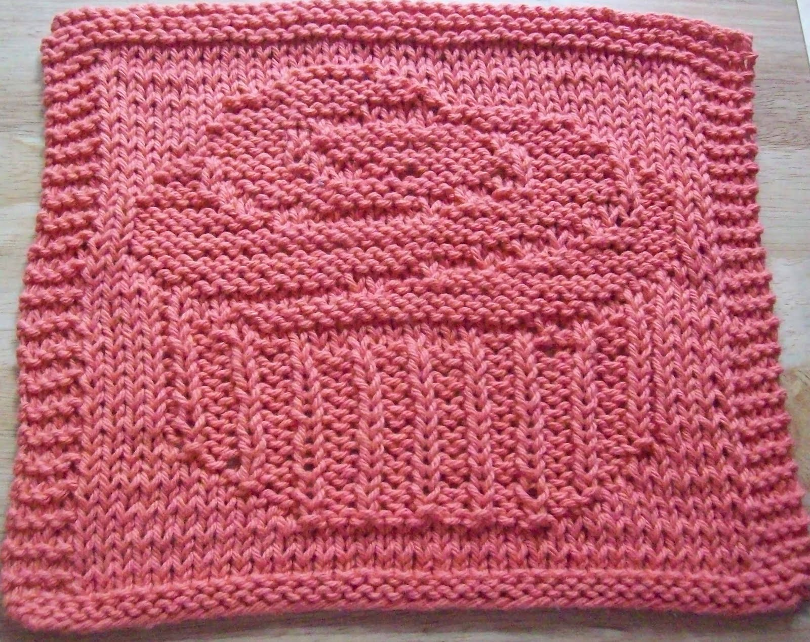 Knitted Dishcloths Pattern : DigKnitty Designs: Frosted Cupcake Knit Dishcloth Pattern