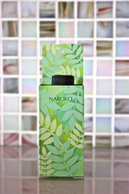 Naruko Oil Out Acne Tea Tree