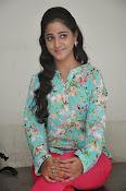 Aishwarya photo shoot gallery-thumbnail-9