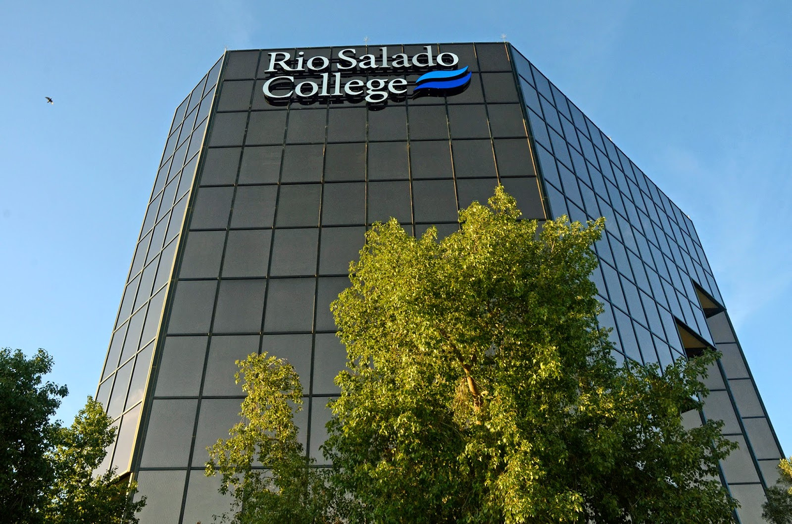 image of Rio Salado Tower in Tempe