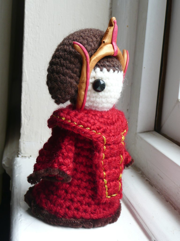 Free Crochet Pattern Star Wars : 2000 Free Amigurumi Patterns: Free Queen Amidala Amigurumi ...