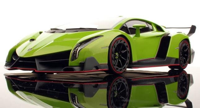 Mobil Keren Lamborghini Veneno Green Front View
