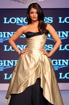 Bollywood Actress AIshwarya Rai in Hot Dress Photos
