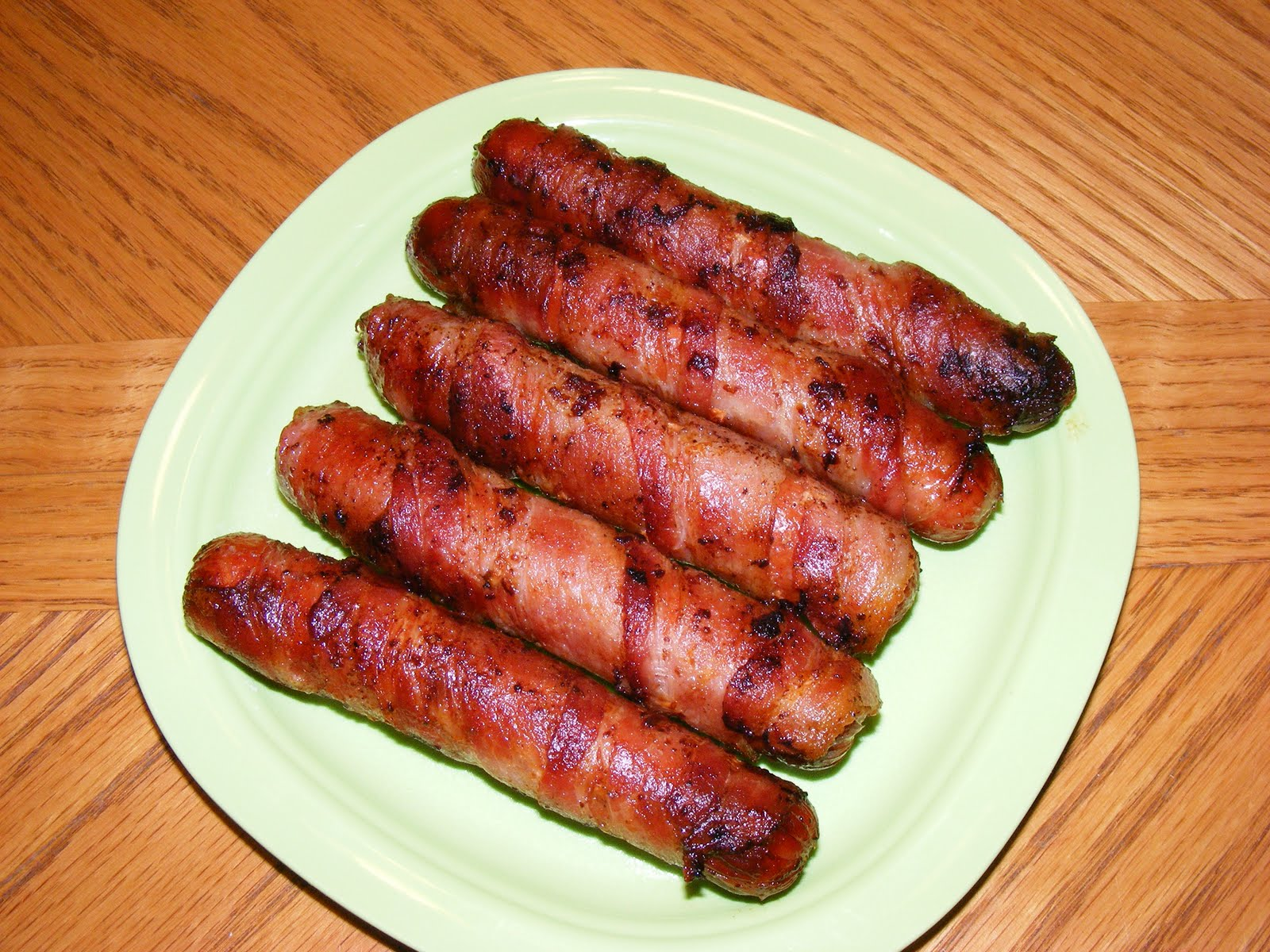 """Amy's """"Sweet"""" Memories: Bacon Wrapped Hot Dogs"""