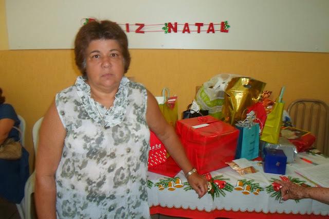 A você todo nosso carinho pela dedicação aos voluntários. Feliz Natal! Que Jesus te dê muita saúde e força para conduzir o nosso bazar em 2014.