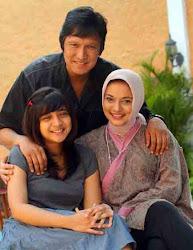 Chikita Fawzi Cucu Banten yang Mandiri di Malaysia: Marissa Haque & Ikang Fawzi