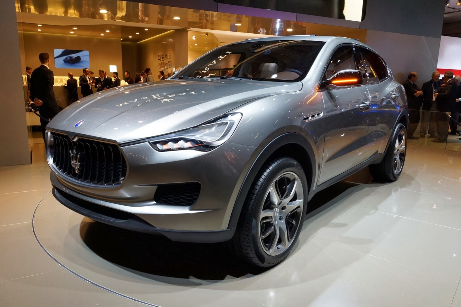 2016 maserati levante start production on 2015 4x4 cars. Black Bedroom Furniture Sets. Home Design Ideas