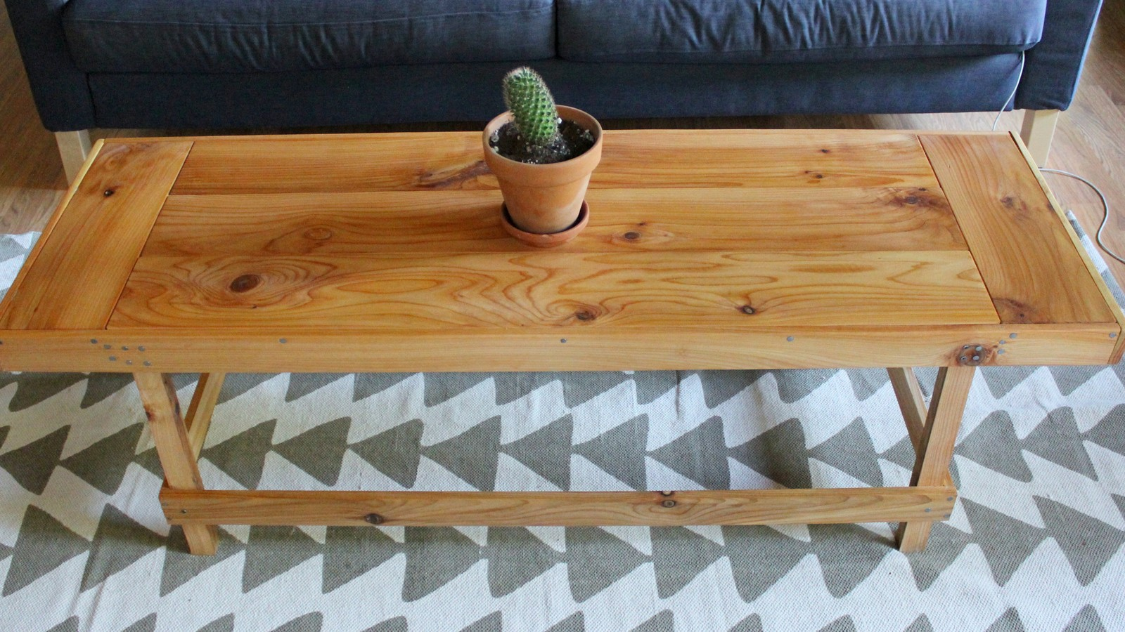 Dream state diy coffee table on a budget for Coffee table on a budget