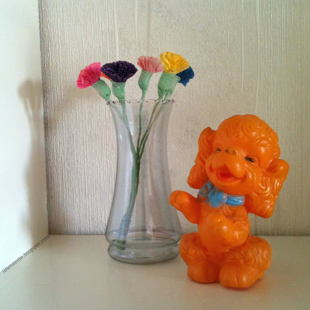 vintage orange rubber squeeky toy dog Edward Mobley 50s 1950s 1958