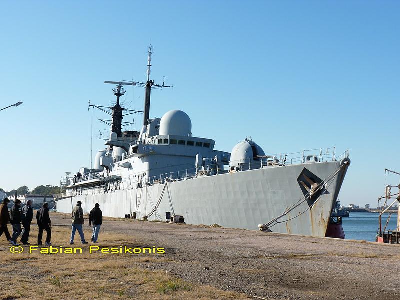 ¿Como creen que debería ser la Armada Argentina? 1