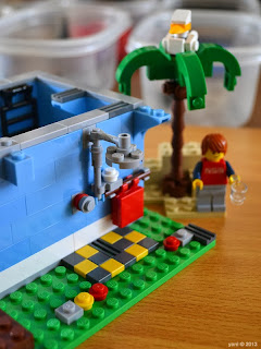 lego beach house - the outdoor shower