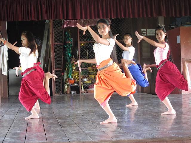 Apsara-dance-4
