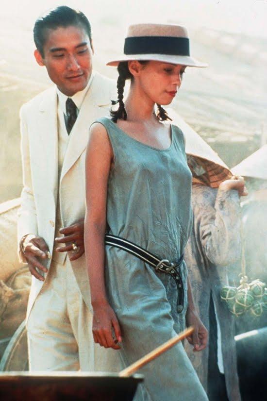 Tony Leung Ka-Fai e Jane March in una scena del film