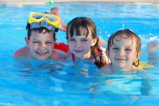 Learn to swim when are kids ready to learn how to swim for Kids swimming pool