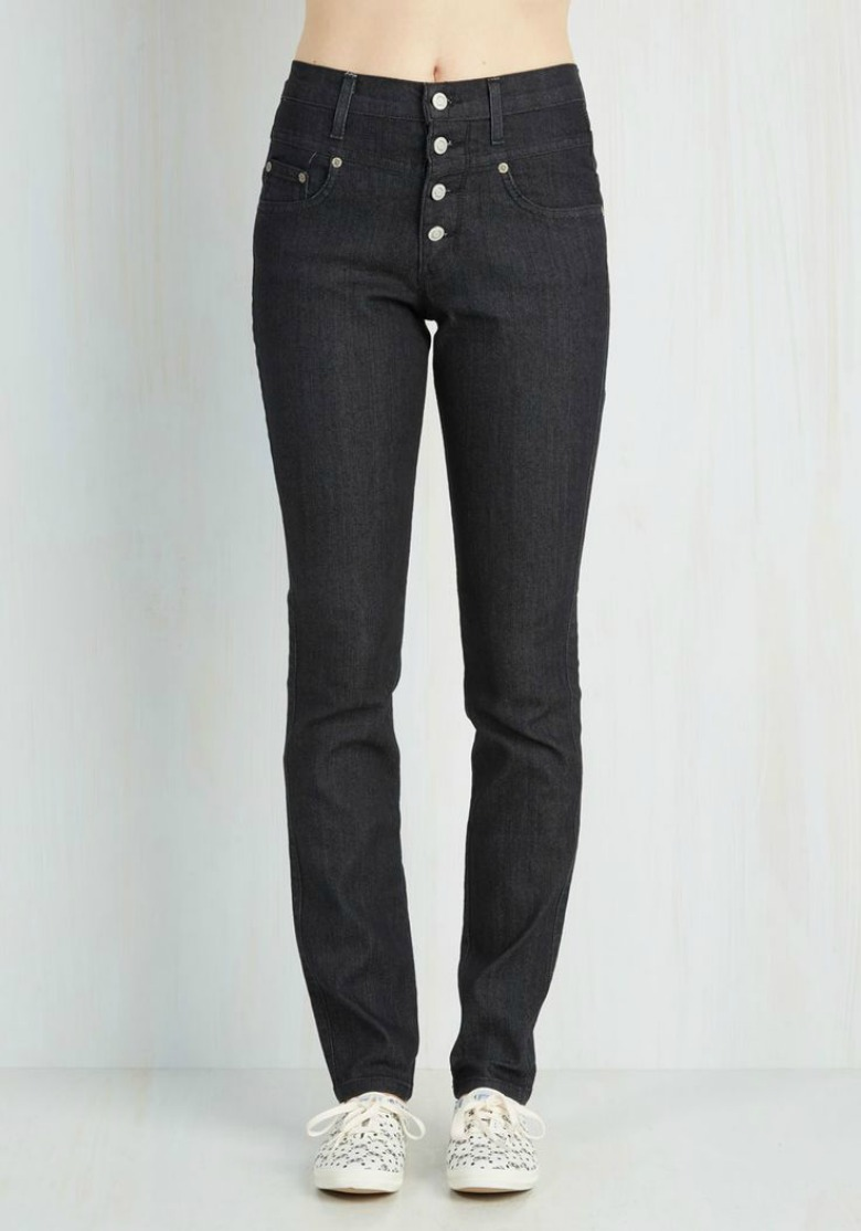 The perfect high-waisted jeans