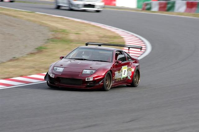 Nissan Fairlady Z, 300ZX, Z32, JDM, japonia, tor wyścigowy, sport, spojler, przygotowany do wyścigów, znany samochód, V6, napęd na tył, twin turbo, japoński, wide body, poszerzony