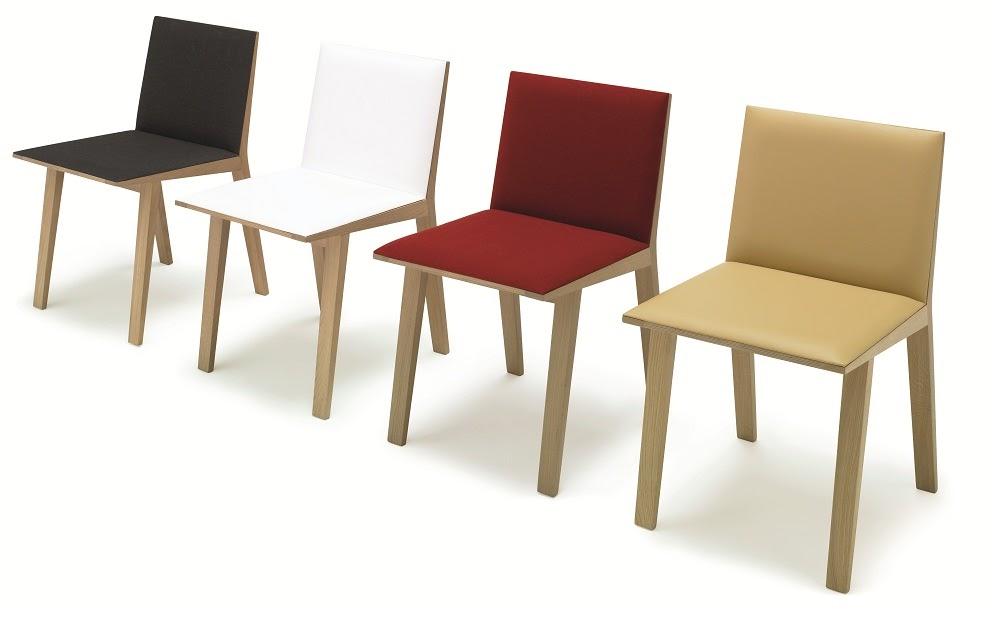 Marzua moody sillas y mesas de andreu world for Mesa y sillas tapizadas