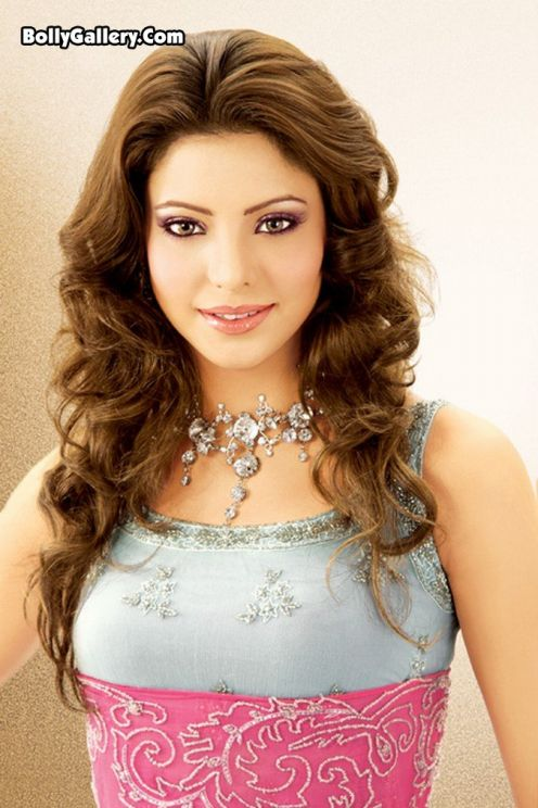 Aamna Sharif Photo Gallery