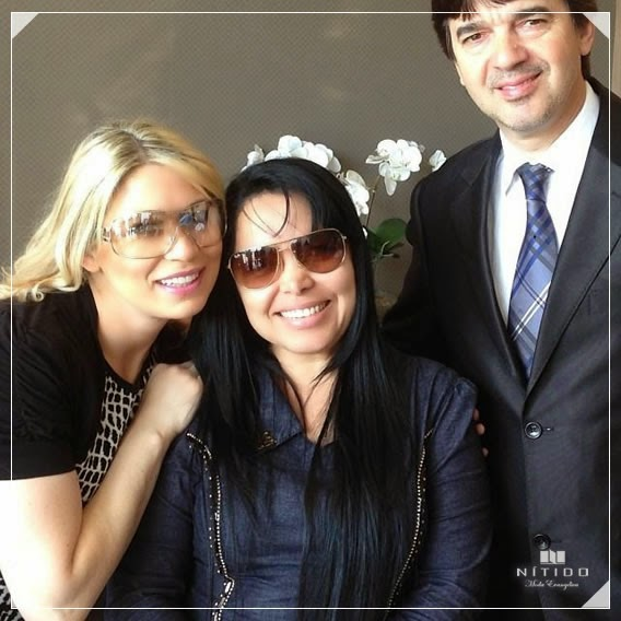 Eliane Silva de Nítido Moda Evangélica ao lado de Elaine de Jesus