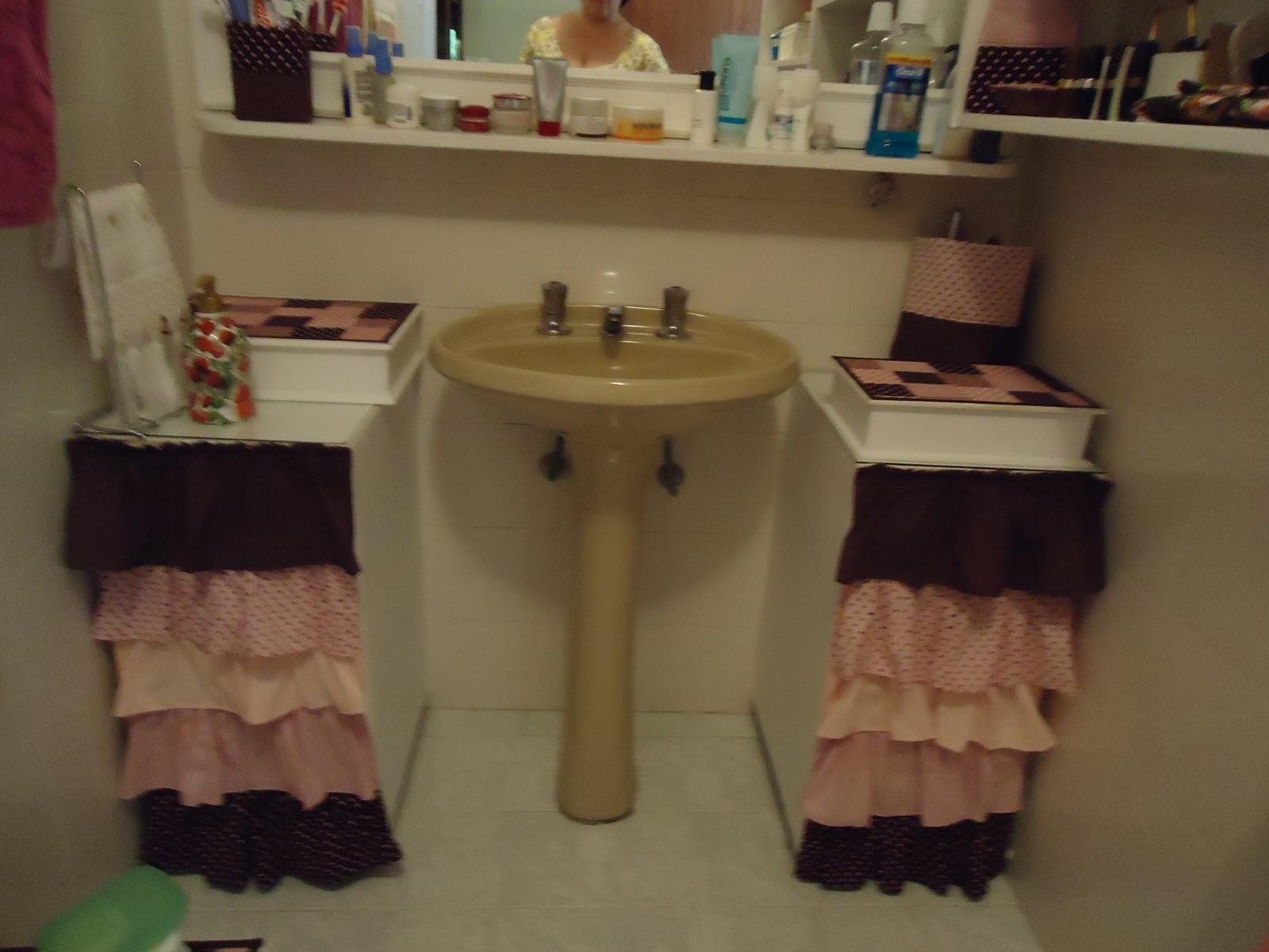 Coisas da Bruxinha: Redecorei meu banheiro gastando muito pouco !! #644B33 1600x1200 Banheiro De Pobre Bonito