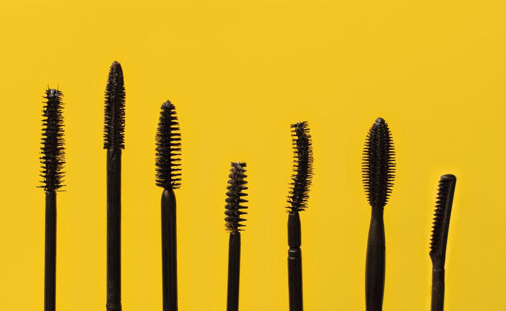An eyelash care center you can trust for Mascara with comb wand