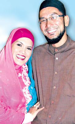 Gambar Aisyah dan Faizal Sazali Zulkifli Nikah Di Siam Cerai Guna SMS